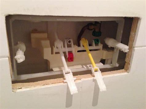 nieuwe drukknop toilet drukknop toilet vervangen werkspot
