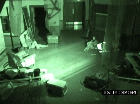 film ghost encounters the girl who loves horror movie review grave encounters