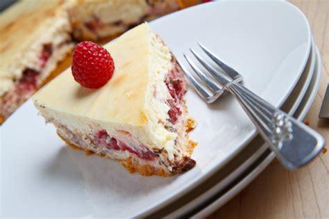 raspberry and dark chocolate cheesecake recipe dishmaps raspberry and dark chocolate cheesecake recipe dishmaps