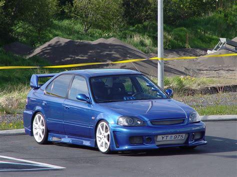 99 honda civic 1999 honda civic sedan engine compartment 1999 free