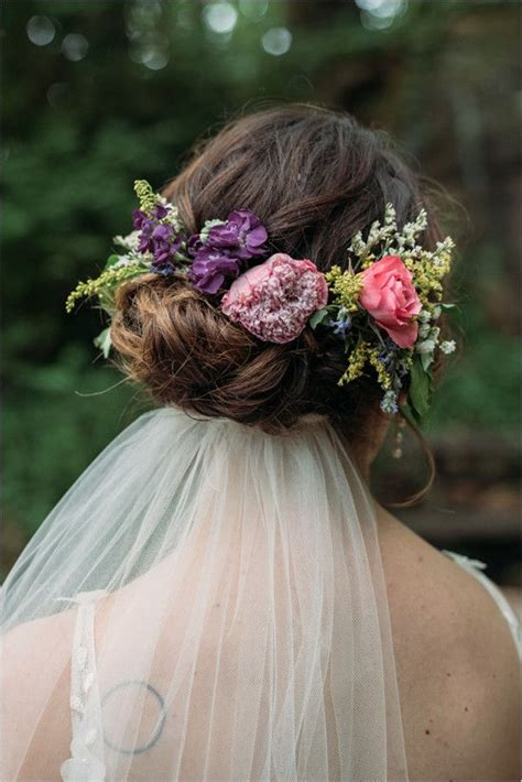 1000 ideas about flower crown veil on to be sash flower crowns and prom garters