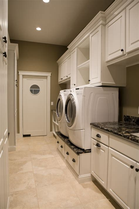 laundry room designer accessible pedestal washer and dryeruniversal design style
