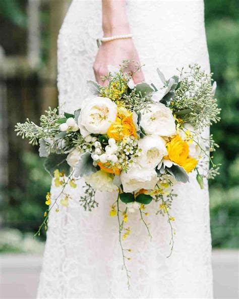 Wedding Bouquet Yellow best 25 yellow white wedding ideas on yellow