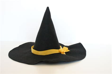 How To Make A Witch Hat Out Of Paper - make a witch hat in any size tutorial