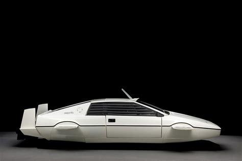 where is tesla based tesla ceo buys 007 s lotus based submarine and has big