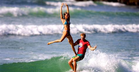 the worlds best cities for surfers noosa stab magazine noosa life style tandem surfing surf dogs noosa