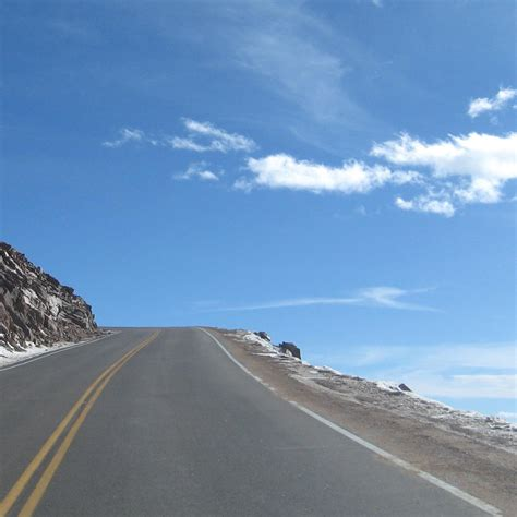 drive up pikes peak the white knuckled death grip love like that
