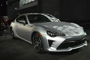 Scion Frs Toyota 86 The 2017 Toyota 86 Is Here To Replace The Scion Fr S