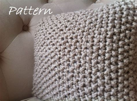 Knit Pillow Pattern by Decorative Knit Pillow Pattern Diy Chunky Throw Pillow Cover