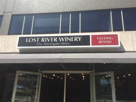 lost tasting room lost river picture of lost river winery tasting room seattle tripadvisor