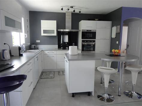 cuisine grise quelle couleur au mur couleur mur cuisine grise cuisine cuisine mur blanc