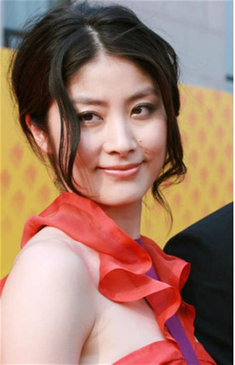kelly chen hot picture with elegant updo with curly side