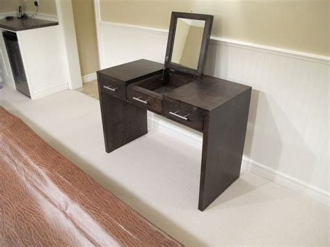 Contemporary Vanity Table 17 Best Ideas About Dressing Table Modern On Pinterest Modern Makeup Vanity Modern Vanity And