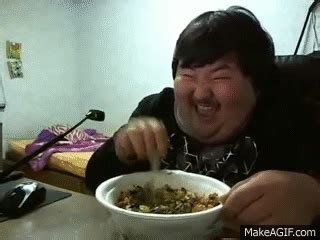 Funny eating gif 7 » GIF Images Download E Alphabet Wallpapers