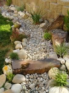 riverbed landscape 25 best ideas about riverbed landscaping on