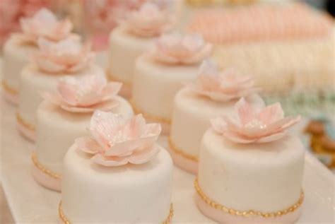 mini cake wedding favors wedding cakes pink cake box mini wedding cakes archives weddings romantique