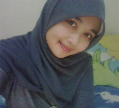 Cari Jilbab miezka gadis jilbab cantik
