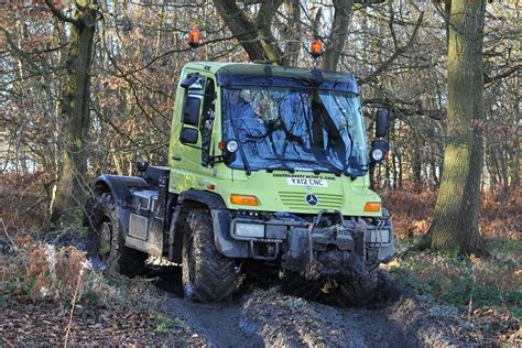 Unimog: Behind The Wheel     Honest John