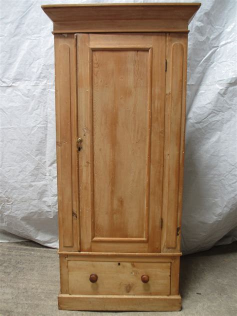 Single Door Wardrobe With Drawers by Pine Single Door Wardrobe With Drawer