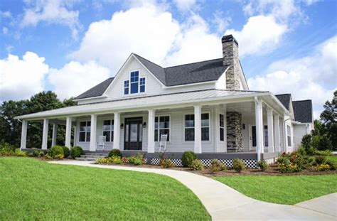 One Story Farmhouse Plans by Americas Home Place Frontview Southfork Home Sweet