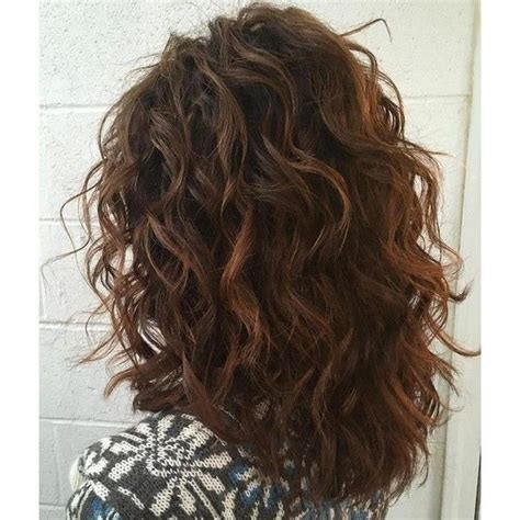 best curling tools for medium length hair 25 best ideas about thick curly haircuts on pinterest