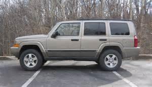 lifted looks like quot a heavy duty model quot jeep commander