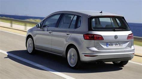 listini auto al volante listino volkswagen golf sportsvan prezzo scheda tecnica