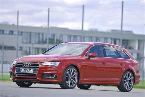 new audi a4 avant meets its rivals c class t modell 3