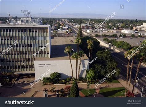 Bakersfield Superior Court Search Downtown Bakersfield California Chester Avenue At Truxtun Avenue Looking South With