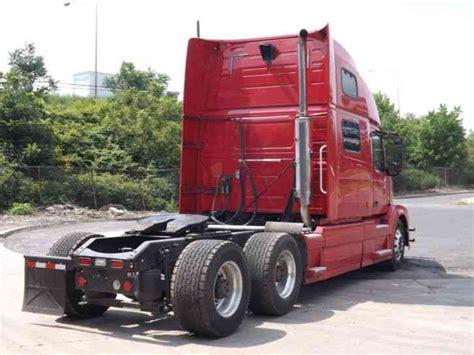 2007 volvo truck volvo 780 2007 sleeper semi trucks