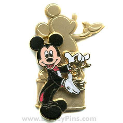 wdw store disney mickey pin  golden mickeys