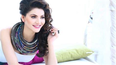 biography of urvashi rautela urvashi rautela photos and hd wallpapers with full biography