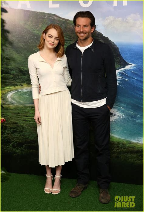 emma stone bradley cooper bradley cooper emma stone say aloha in london photo