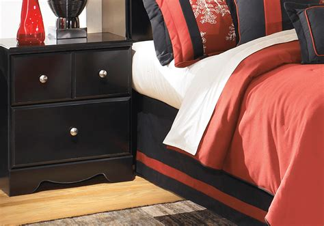 Shay King Bedroom Set by Shay Black King Poster Bedroom Set Overstock