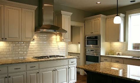 pictures of painted kitchen cabinets smitten by painted kitchen cabinets blulabel bungalow