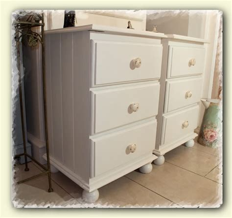 25 best ideas about shabby chic bedside tables on