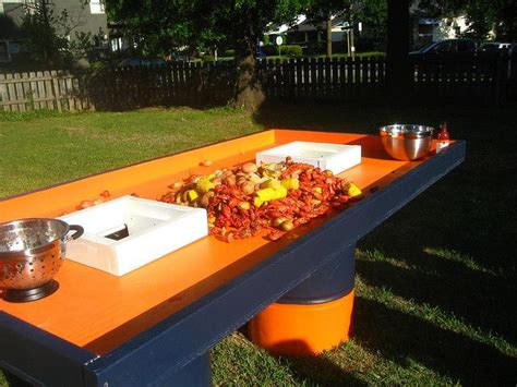 Cajun Crawfish Table by 20 Best Images About Crawfish Tables On The Bug Cool Drinks And Outdoor Areas