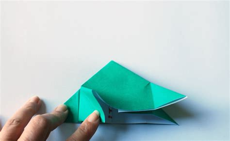 10 Step Origami - make amazing pop up origami dinosaur invitations