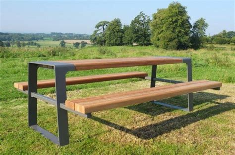 amazing outdoor tables  memorable moments founterior