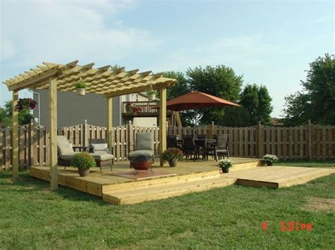 deck in backyard small backyard decks yard 16x24 free standing deck