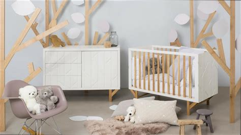 deco chambre bebe fille emejing decoration chambre bebe mansardee photos