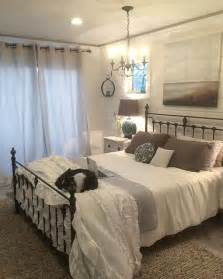 Ideas For Antique Iron Beds Design 1000 Ideas About Painted Iron Beds On White Bed Linens Iron Bed Frames And Antique