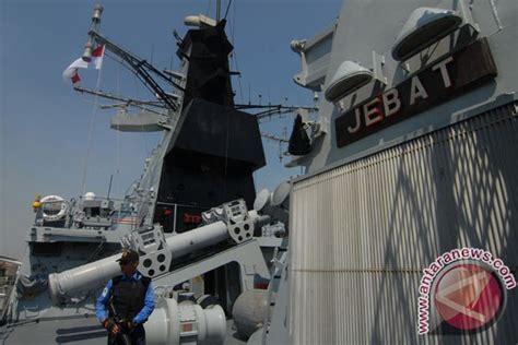film perang malaysia kunjungan kapal perang malaysia foto antara news