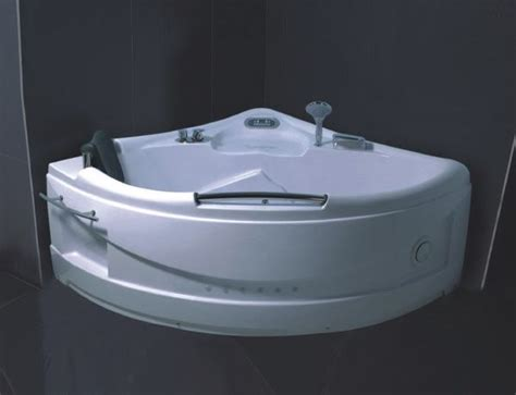air jet bathtubs corner air jet bath tub 1350 x 1350 x 720 mm 53 quot x 53
