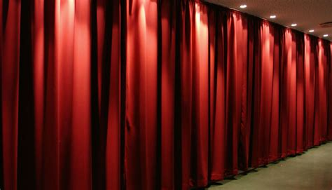 acoustic drape can curtains provide good soundproofing
