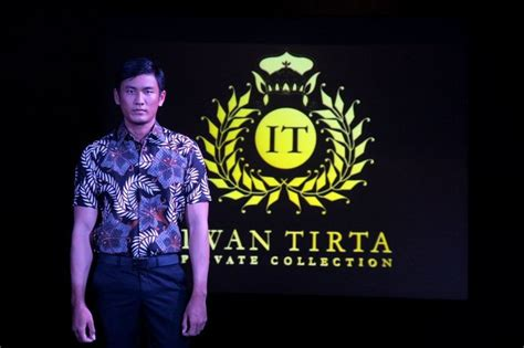 Batik Halus Iwan Tirta 26 77 best by conrad images on abstract and board