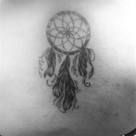 dream catcher tattoo back of neck dreamcatcher back of neck tattoo