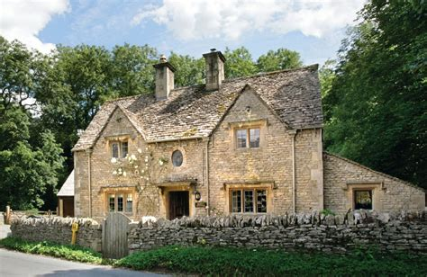 cotswolds cottage bridge cottage gloucestershire cottages and