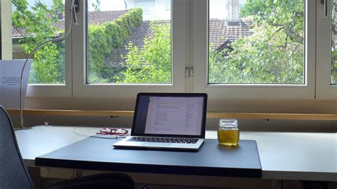 the minimalist coder desk desk hunt