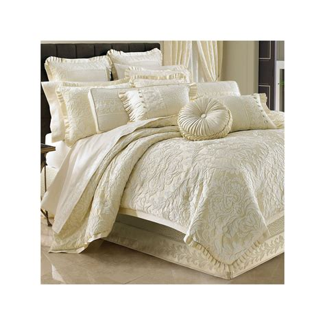 queen street bedding get queen street maddison 4 pc jacquard comforter set now